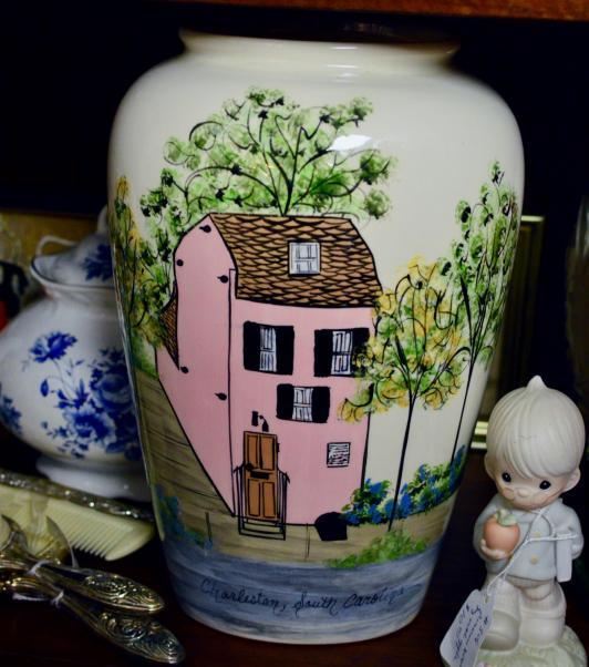 Charleston South Carolina vase