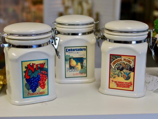 3 pc ceramic canister set w/ locking lids