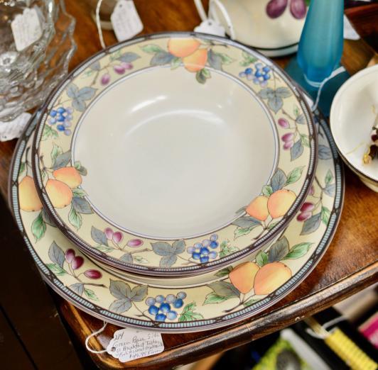 Mikasa Italglio golden harvest dinnerware