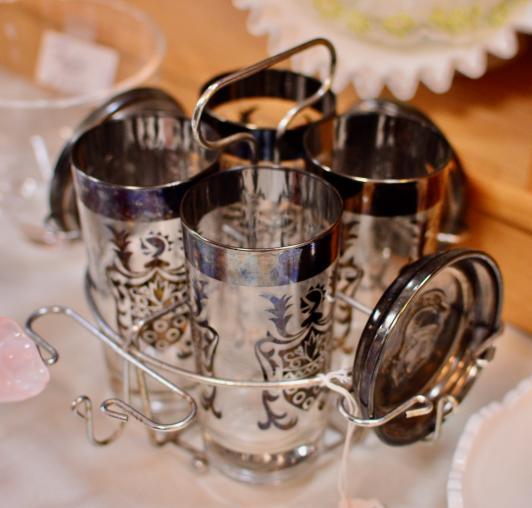 Vintage glass set