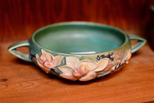 Roseville bowl