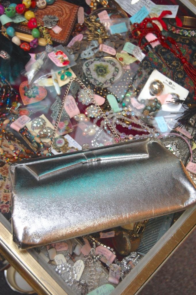 Vintage Silvery Purse