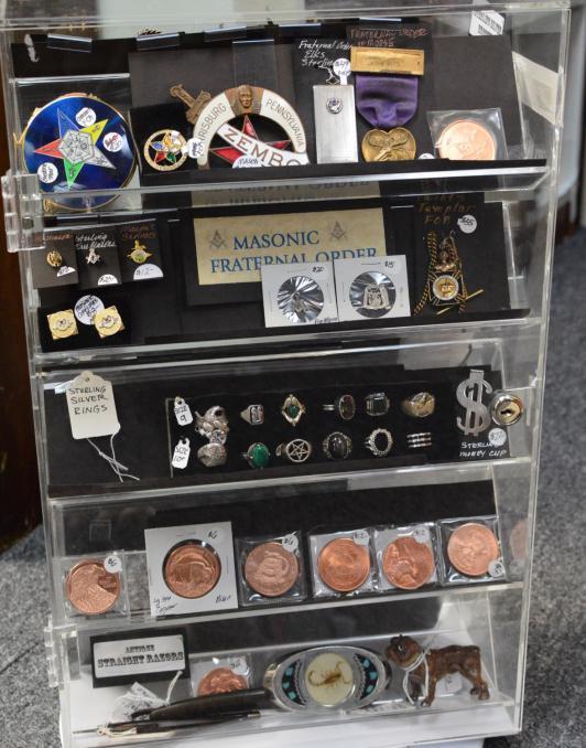Masonic fraternal order items