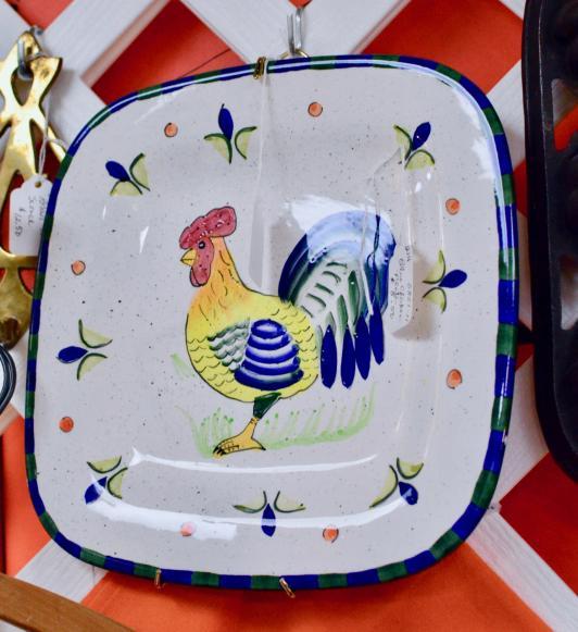 Blue chicken plate