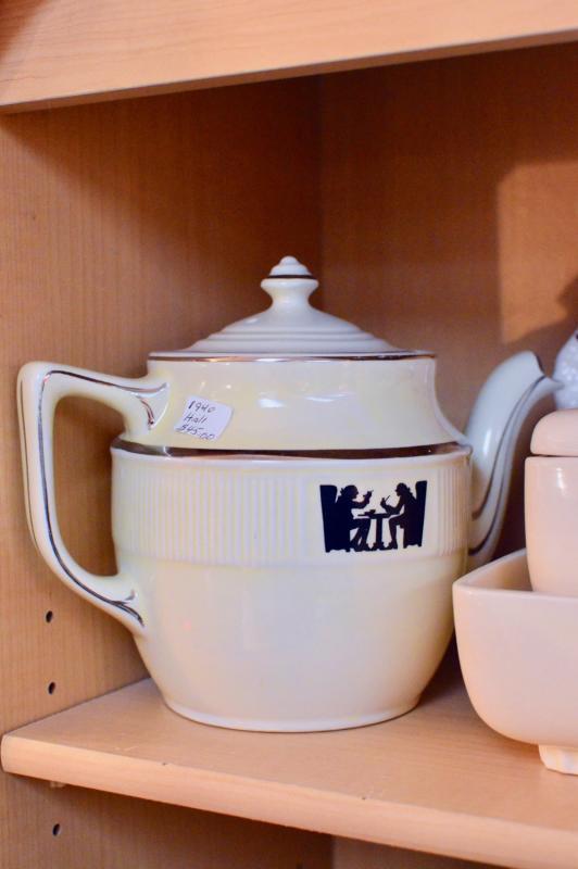 Hall teapot