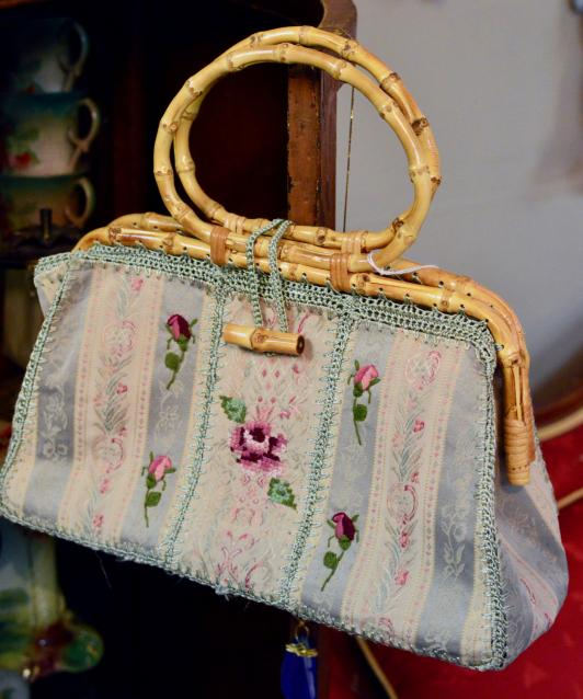 Needlework roses purse