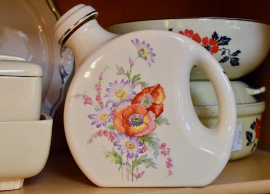 Floral pitcher w/ stopper