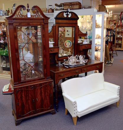 Inside Antiques at Gresham Lake